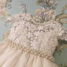 vestido bordado para daminha de casamento