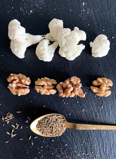Pikanter Walnuss-Blumenkohl-Aufstrich, Rezept, glutenfrei, vegan, schnell, einfach, Minimalismus, Blumenkohl, Walnüsse, Nüsse, Aufstrich, Dip