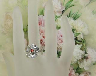 Uroczy pierścionek Warmet – koniczynka