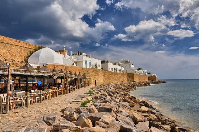 الحمامات أجمل المُدن السياحيّة المُطلّة على البحر المتوسط في تونس