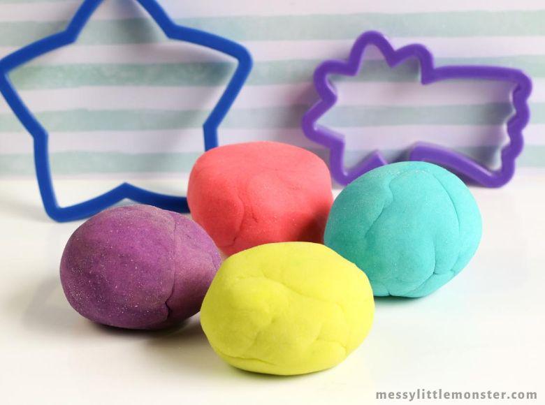 glow in the dark playdough recipe - sensory play recipes for kids