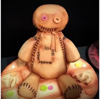 Poupée Vaudou - Rob Baker-Gall de Mr Baker's Cakes