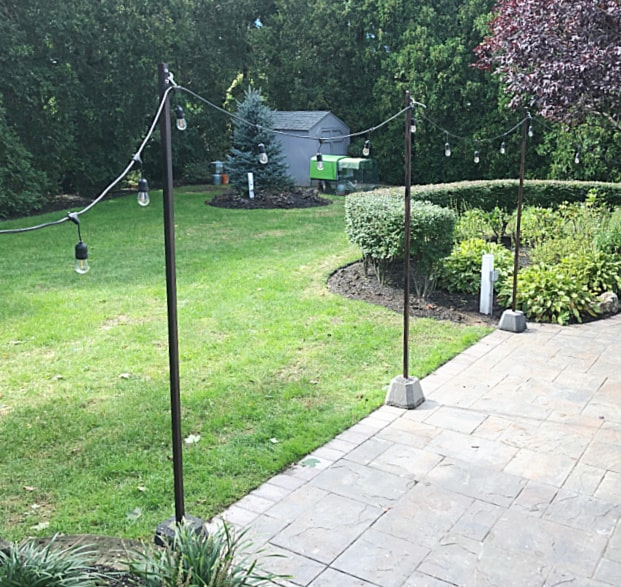 light poles spread out on patio