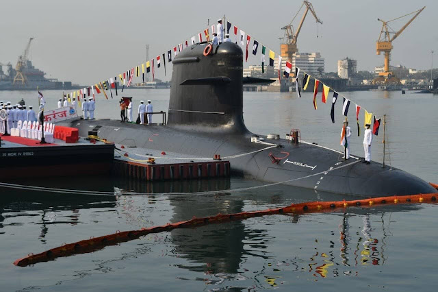 La Armada de la India incorpora el submarino INS Karanj tipo Scorpene 1