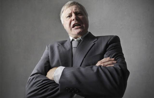 5 Sifat dan Tingkah laku Atasan Yang paling dibenci oleh bawahan