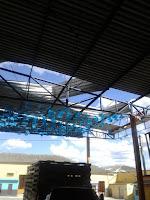 Ventania derruba parte do telhado do Arraial da Serra em Cuité