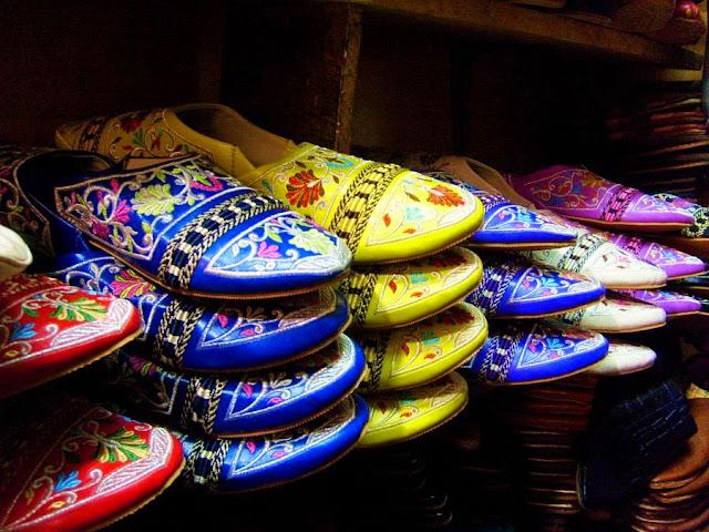 "Marokańskie kapciochy ""babusz""/""bleha"". Medyna Casablanca"