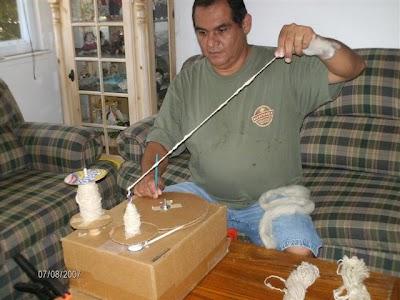 Como hacer una Rueca de Hilar de Carton o de Madera