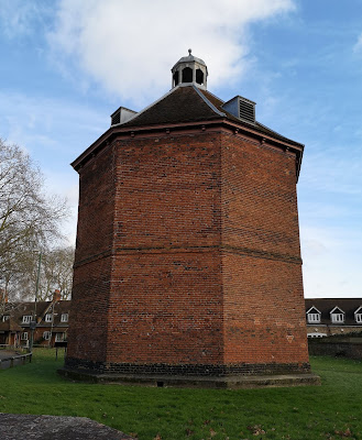 The dovecote, Beddington Park (2019)
