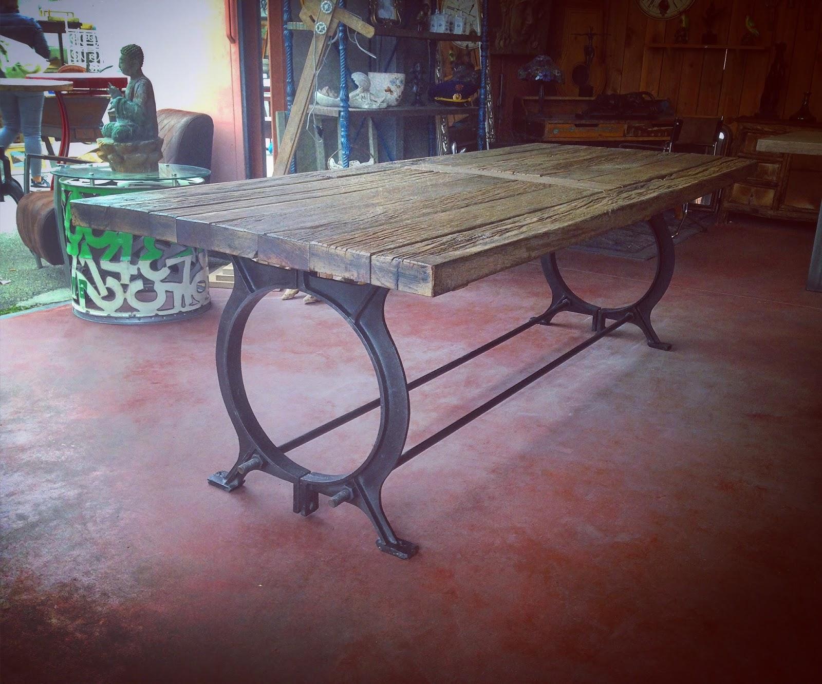 VitaDeco Art & Décoration  table industrielle -> Decoration Mecanique
