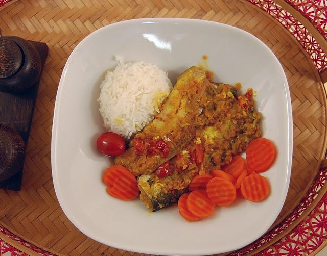 Rezept Pepes Ikan, ein gedampfter Fisch indonesisch kochen