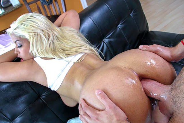 Anal Sex And A Pussy Creampie For Bridgette B!
