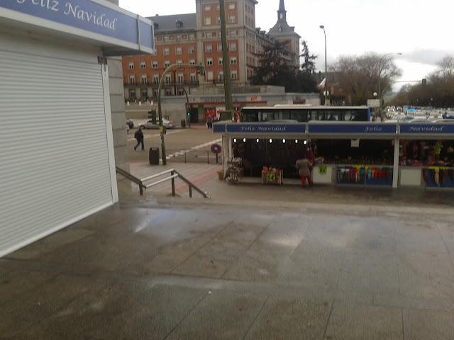 Mercadillo de Navidad en la Plaza de Moncloa