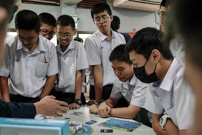 Sea (ประเทศไทย) จัดกิจกรรม 'ของขวัญจากพ่อเวิร์คช้อป' กระตุ้นการสร้าง Active Learning ผ่าน Gamification  พร้อมชวนมอง 'การส่งต่อความรู้และพัฒนาทักษะด้วยบอร์ดเกม' ผ่านสายตาครูและเยาวชนไทย
