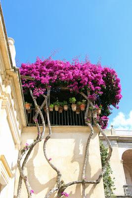 Garten im Casa de Pilatos in Sevilla