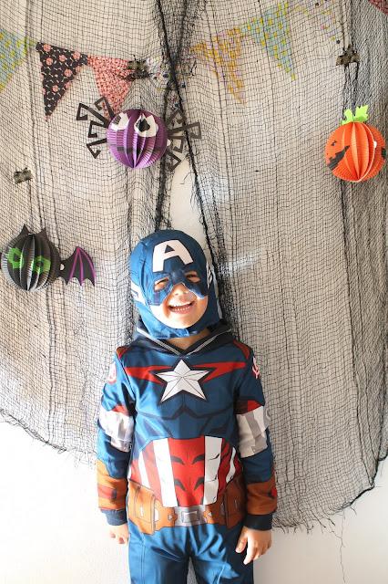 Halloween Superhelden Geister Laternen Jules kleines Freudenhaus