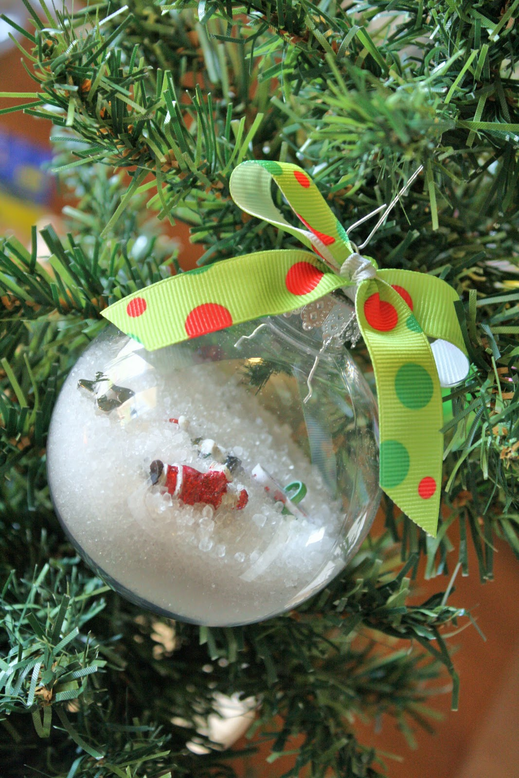 Eyeball christmas ornaments - If You Are Able To Buy The Supplies On Sale Or Use Coupons You Can Make One Of These For Just A Few Bucks These I Spy Ornaments Would Make Great Gifts
