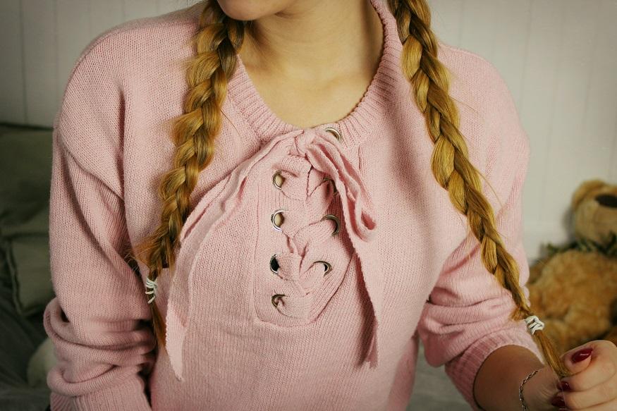 ☂ Różowy sweter z wiązaniem.