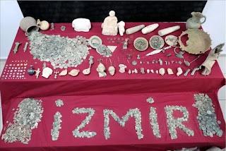 الأكبر في تركيا.. ضبط 70 ألف قطعة أثرية غربي البلاد