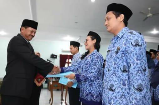 Serahkan SK, Walikota Madiun Tegaskan ASN Wajib Taati Aturan
