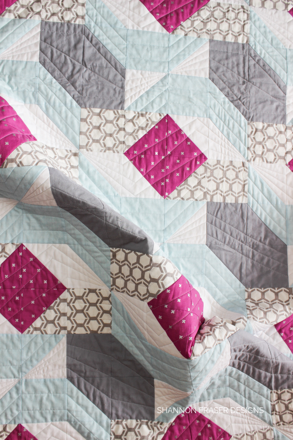 Rocksteady | Modern quilt pattern by Suzy Quilts | Shannon Fraser Designs #modernquilting