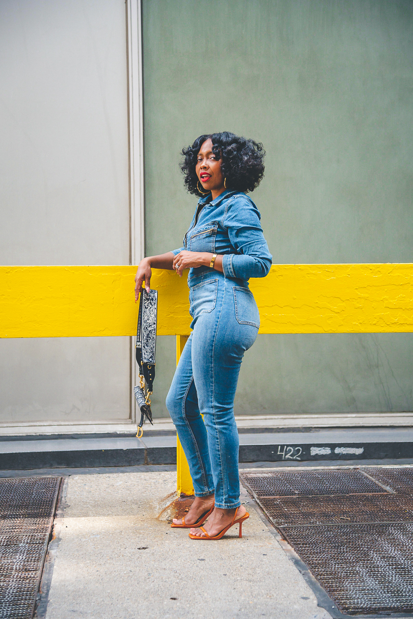 FREE PEOPLE JUMPSUIT, SWEENEE STYLE, HOW TO WEAR DENIM, EASY OUTFIT IDEA, DIOR SADDLE BAG, HOW TO WEAR NATURAL HAIR, FLEXI ROD SET, INDIANAPOLIS STYLE