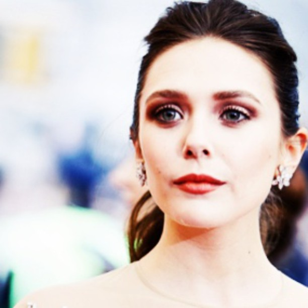 Elizabeth Olsen Hot Photos