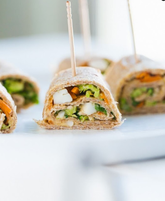 The Best Hummus and Veggie Roll Ups