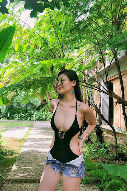 Hot and sexy big boobs photos of beautiful busty asian hottie chick booty Pinay model Cyra Aldana photo highlights on Pinays Finest sexy nude photo collection site.