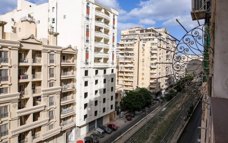 شقة للبيع 158م في الاسكندرية امام الترام مباشرة