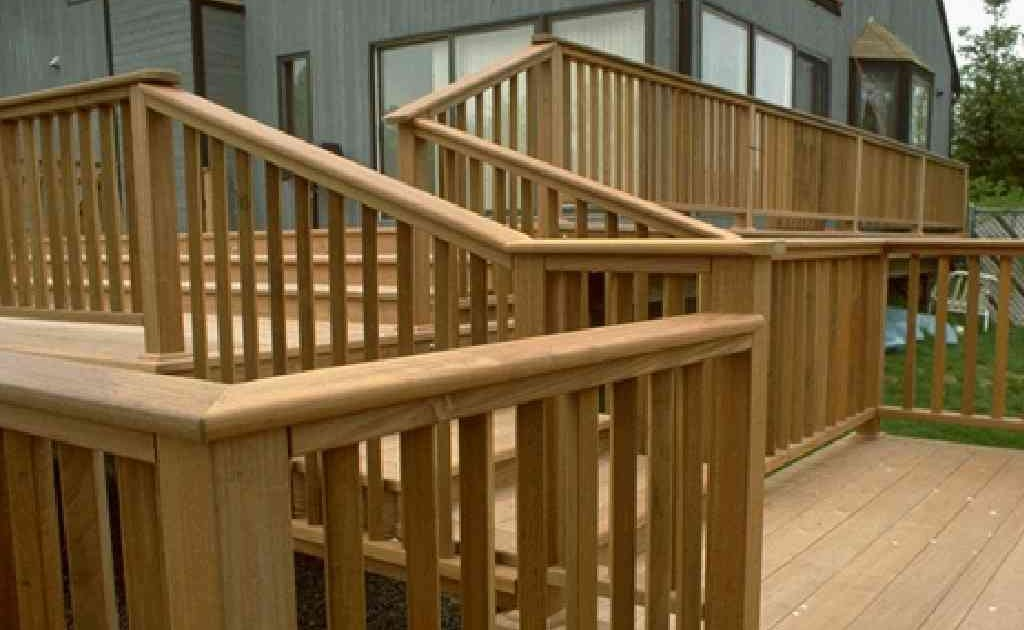 Patio Deck Railing Design: How to Build a Simple Wooden ...