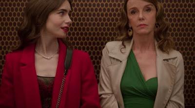Lily Collins (Emily) y Philippine Leroy-Beaulieu (Sylvie)