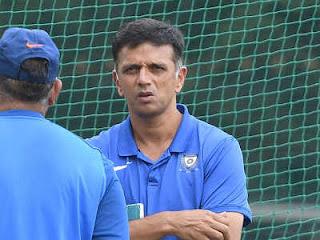 पूर्व भारतीय कप्तान राहुल द्रविड़ अपने खिलाफ लगाए गए 'हितों के टकराव' के आरोपों का जवाब देने के लिए गुरुवारको बीसीसीआई के नैतिक अधिकारी डीके जैन के समक्ष पेश होंगे।