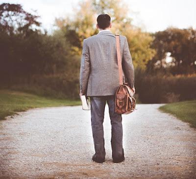 Karir Hancur Karena Kesalahan Sendiri, Apa Sebabnya?