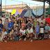 Federação Catarinense de Tênis (FCT) leva André Sá para projeto social dedicado a modalidade em Blumenau (SC) - CURTA BLUMENAU