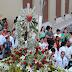 Parnaibanos seguem procissão de Nossa Senhora da Graça pelas ruas de Parnaíba