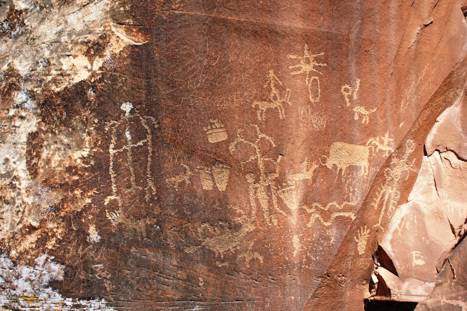 Utah Pictographs Petroglyphs And Rock Art Newspaper Rock