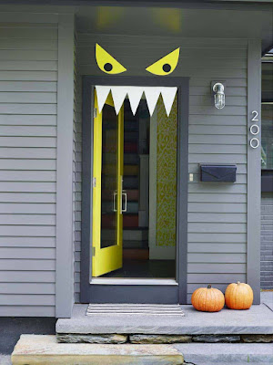 Door Decoration Idea for Halloween 2020