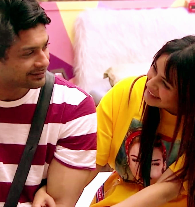 Seeing Siddharth Shukla's reaction, it seems that he is unable to believe this.