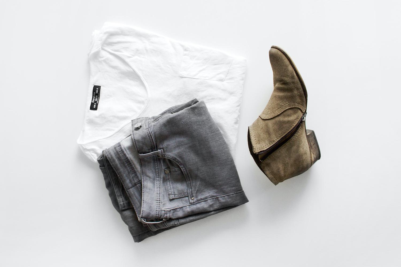 capsule wardrobe flatlay