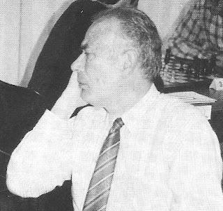 Ramón Crusi Moré en 1993 jugando ajedrez