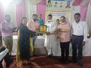 लायन्स क्लब ने राकेश श्रीवास्तव को किया सम्मानित   #NayaSaveraNetwork