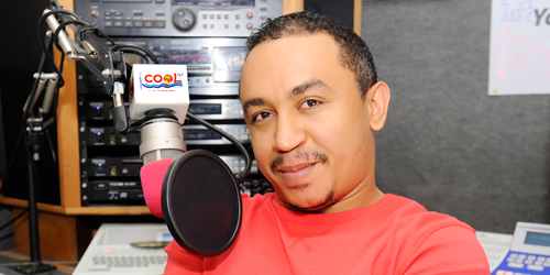 "Lmao!! ""Thin Chickens Are Called 'WIZKID', Fat Ones Are Called 'BADOO'"" – Daddy Freeze Share His Market Experience"