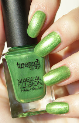 http://lacquediction.blogspot.de/2016/01/trend-it-up-magical-illusion-kollektion.html