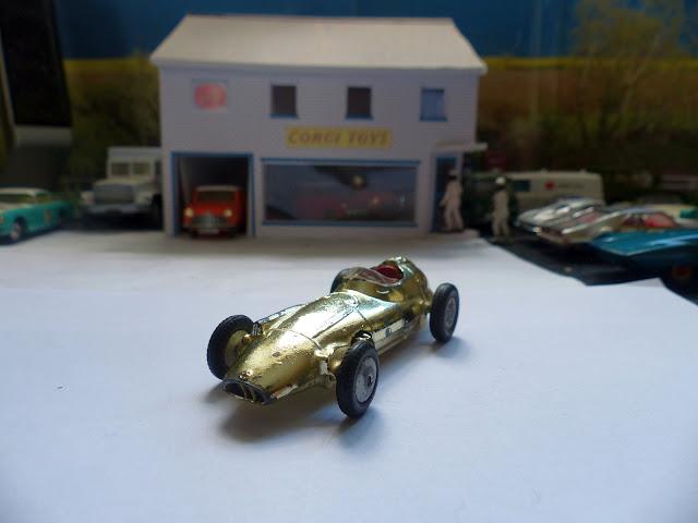 Trophy model BRM F1