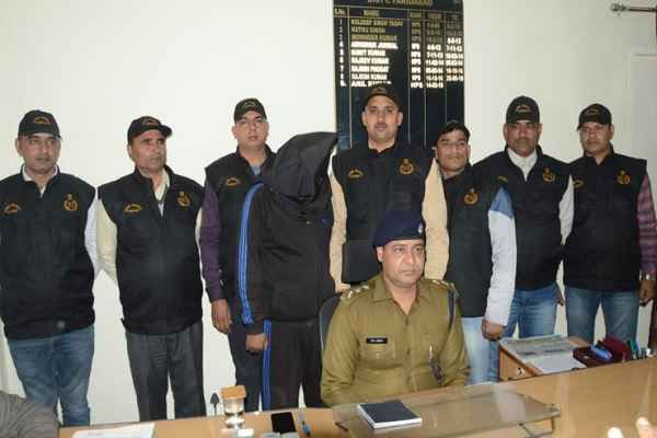 faridabad-crime-branch-sector-30-team-arrested-rape-accused-news