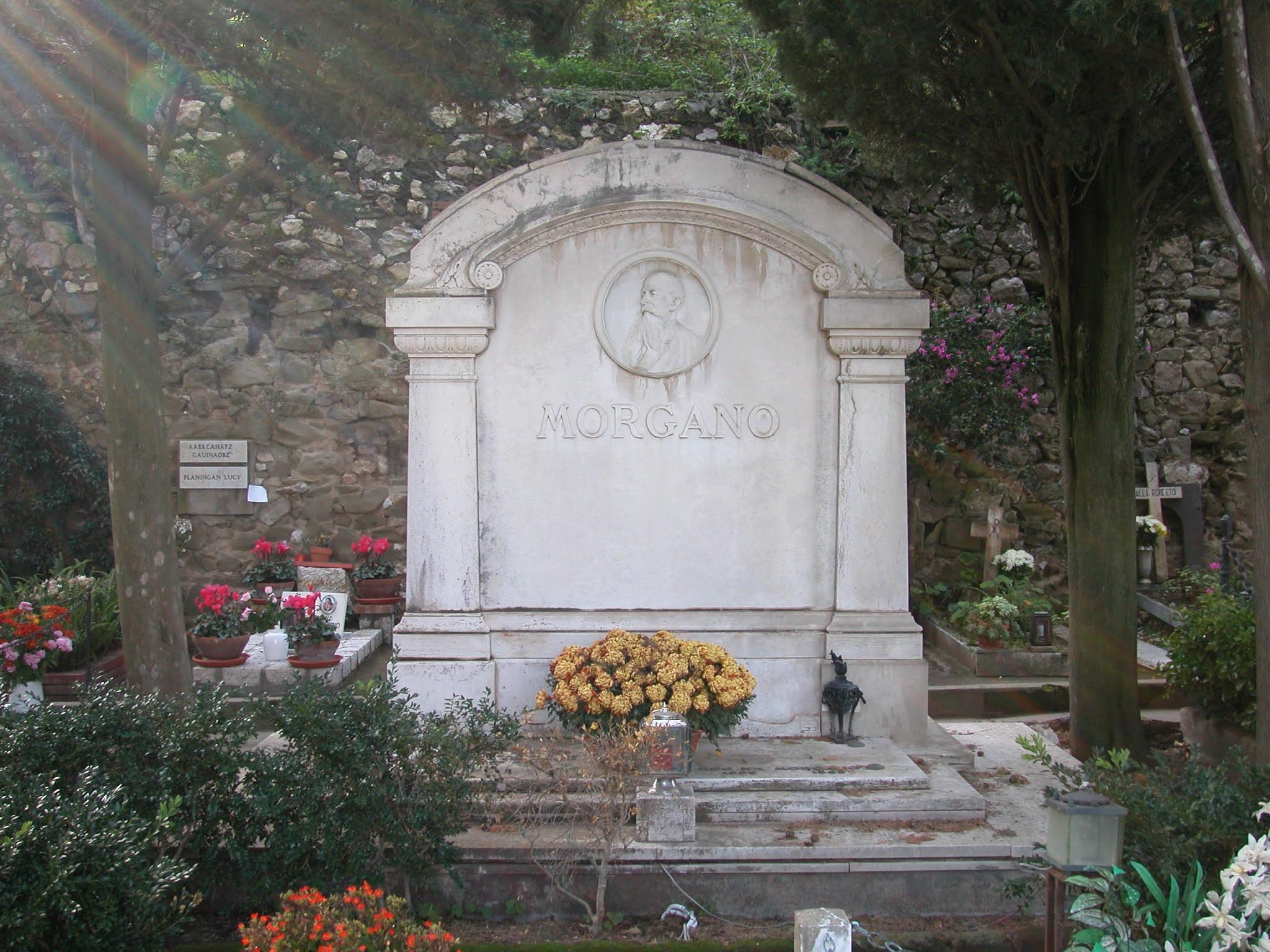 Cemetery of Capri (Italy)