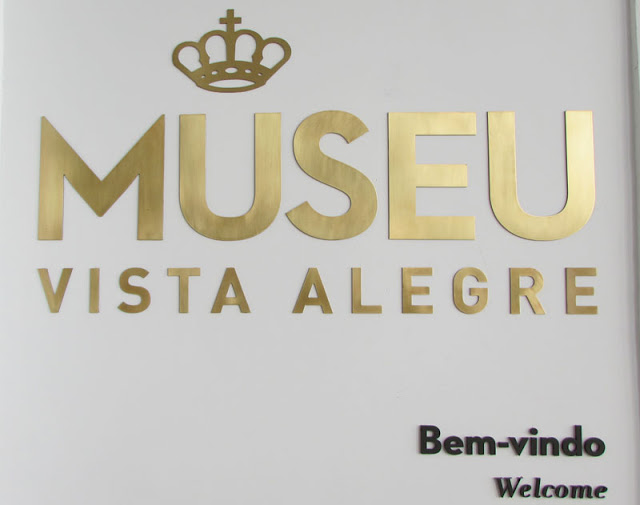 placa da entrada do Museu da Vista Alegre