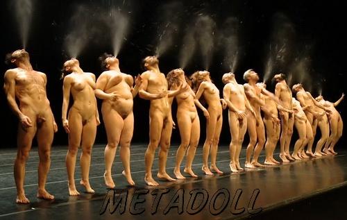 Nude theatre Théâtre