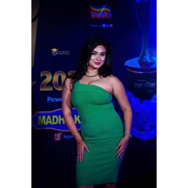 Aiswarya Behera's Latest Hot Looks In Green Bodycon Dress